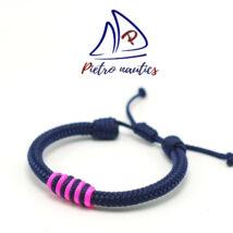 Sötétkék állítható vitorlás karkötő sötétkék-neon rózsaszín átkötéssel