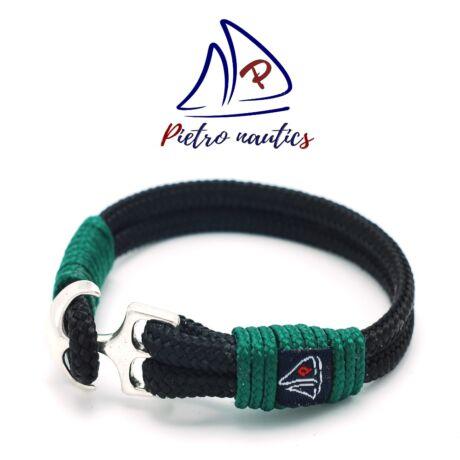 Fekete színű vitorlás karkötő sötétzöld átkötéssel
