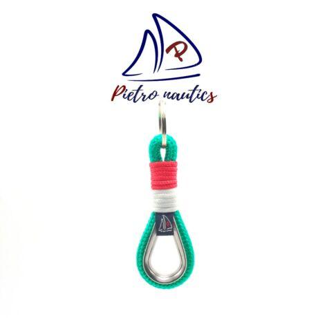 Magyaros - piros, fehér, zöld kulcstartó kötélszívvel