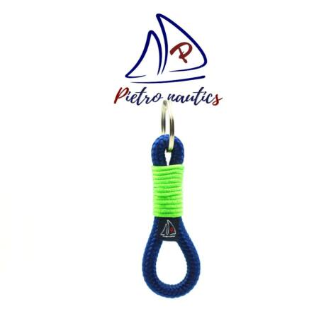 pietro-nautics-sotetkek-kulcstarto-neon-zold-kulcstarto-atkotessel