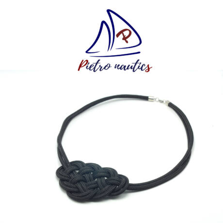 Fekete kelta csomós nyakék